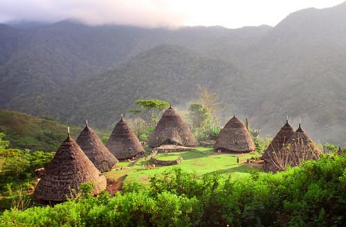 Cagar Budaya Wae Rebo, Flores,Kabupaten Manggarai, Nusa Tenggara Timur