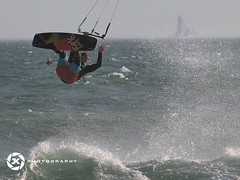 Heels Over Head (jan-krux photography - thx for 1.6 Mio+ views) Tags: ocean sunset kite male beach wet sport southafrica flying waves wind action board south extreme fast olympus capetown surfing kitesurfing spray atlantic surfboard mann westcoast 50200mm bord sued wellen atlantik fliegen westerncape nass schnell zd heelsoverhead westkap westkueste getragen sprueh