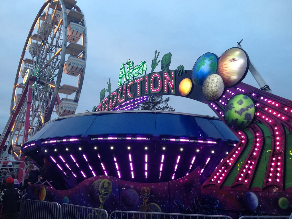 alien abduction ride - photo #27