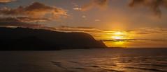 Hawaiian Sun.jpg (Darren Berg) Tags: ocean sunset water hawaii