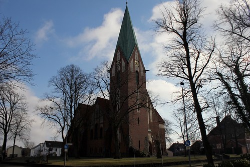 "Lutherkirche Soltau 2015 (07) • <a style=""font-size:0.8em;"" href=""http://www.flickr.com/photos/69570948@N04/16256931677/"" target=""_blank"">Auf Flickr ansehen</a>"