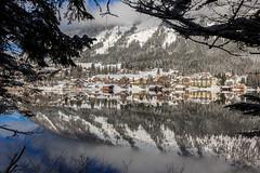 Ein Rahmen für Altaussee (Fotos4RR) Tags: travel winter lake austria mirror see österreich adventure spiegelung steiermark styria altaussee salzkammergut altausseersee ruby10