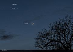 Triple conjunción de astros, Venus, Mercurio y la Luna, visto en Rota hoy al atardecer… (Lola Cortés Neva) Tags: mars moon venus lola neva cortés lolacortésneva tripleconjuncióndeastros vistoenrotahoyalatardecer… mercurioylaluna