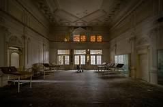 The great hall (Merlijn Scharn) Tags: old travel urban house abandoned beautiful architecture danger germany dark lost deutschland mirror dangerous nikon rust darkness time decay room exploring perspective mirrors creepy forgotten urbanexploration rusting mold chateau left deserted dept verlassen brokendown urbex abandonn abandonado leftbehind d7000