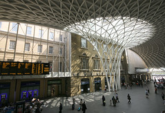 Kings Cross (Raphooey) Tags: city uk roof england london station canon eos cross framed steel capital rail railway structure kings frame gb curve curved hdr terminus photomatix 70d