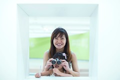 Play With Telescope ( aikawake) Tags: life family portrait woman smile female wonderful children fun happy kid funny child daughter mother atmosphere happiness clear telescope enjoy littlegirl littlepeople taiwanese motheranddaughter          littlechild