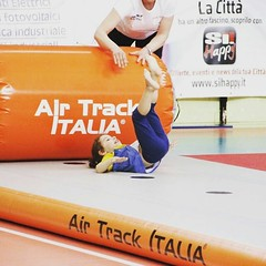 Funny gym #WELOVEGYM #training4all #airtrack #AirTrackItalia #gymnastics #gymnastic #gymnastique #airroller #RULLO #GinnasticaArtistica #ginnaste #ginnasti #cucciola #cucciolina #piccoleginnastecrescono  #welovegym2016 (Air Track Italia) Tags: gymnastics gymnastic airtrack gymnastique rullo cucciola ginnasticaartistica ginnasti cucciolina ginnaste airtrackitalia piccoleginnastecrescono training4all airroller welovegym welovegym2016