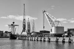 Lbeck Hafen (Seedeich) Tags: bw harbour luebeck v1 10100mmf4056vrn1