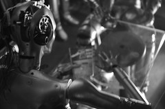 CROMATIX  [ THSF 2016 ] (EL JOKER) Tags: bw white black les 35mm robot nikon noir factory space gimp wb el robots joker hacker toulouse nikkor et blanc prod afs dx 2016 d7000 f18g allummers thsf2016