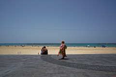 Tel Aviv (Hemo Kerem) Tags: street people israel telaviv minolta sony mf 24mm alpha manualfocus tlv rokkor wrokkor minoltamdwrokkor24mmf28 a7rii sonya7rm2 a7rm2 ilce7rm2