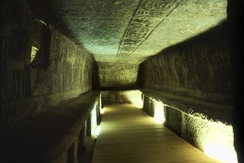 "Ägypten 1999 (113) Im Großen Tempel von Abu Simbel • <a style=""font-size:0.8em;"" href=""http://www.flickr.com/photos/69570948@N04/27378563971/"" target=""_blank"">View on Flickr</a>"