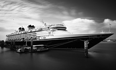 disney magic (paul hitchmough photography) Tags: longexposure liverpool disney disneymagic sigma1020mm rivermersey leebigstop paulhitchmoughphotography nikond7200 leefillters