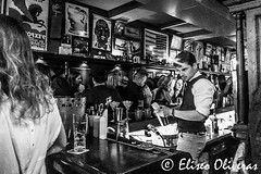 "Midnight at ""Les Aviateurs"" (Eliseo Oliveras) Tags: eliseooliveras eliseooliveras alsace france strasbourg lesaviateurs blackandwhite monochrome indoor bar pub francia europe estrasburgo life night nightlife urban city street people europa ue eu"