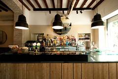 _DSC1168 (fdpdesign) Tags: arredamenti shop design shopdesign nikon d800 milano italy arrdo italia 2016 legno wood ferro sedie tavoli locali cocktails bar interni architettura