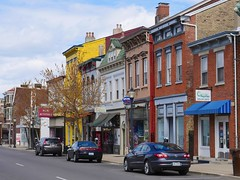 Monmouth Street (Travis Estell) Tags: kentucky newport storefronts monmouthstreet northernkentucky nky urbanretail campbellcounty newattitude galaxieskateshop urbanstorefronts captivebornreptiles