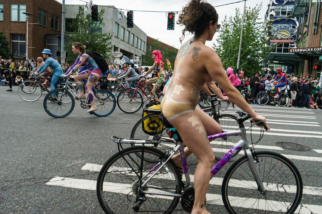Nude girl anal masturbating
