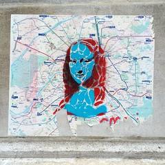 #monalisa #monalisasmile by @clementjamaux #clementjamaux #ratp #metro  #streetart #graffiti #wall #spray #paris (pourphilippemartin) Tags: monalisa monalisasmile clementjamaux ratp metro streetart graffiti wall spray paris