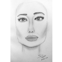 Simple. (S Valenciart) Tags: portrait blackandwhite art pencil sketch arte drawing retrato angelinajolie dibujo graphite lpiz grafito
