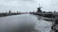 Kinderdijk / Nederland (corrie.nijenmanting) Tags: holland mill nederland kinderdijk molens