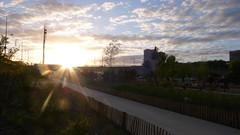 Rouen - Les nouveaux quais rive gauche (jeanlouisallix) Tags: rouen seine maritime haute normandie france rivire fleuve soleil couchant paysage panorama landscape cours deau eau promenade jardins parc park jeux