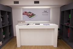 MC CA03 20130508 7537 (iCenterUY) Tags: apple rojo genius icenter