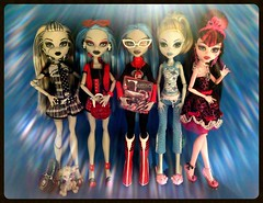 tag game:  your favorite(s) and your least favorite(s) monster high dolls (Laila X) Tags: blue game beach monster dead toy toys high doll dolls sweet zombie tag favorites fast frankie 1600 tired gb gloom stein mattel dt 2010 sdcc 2011 lagoona yelps ghoulia draculaura uploaded:by=flickrmobile flickriosapp:filter=nofilter