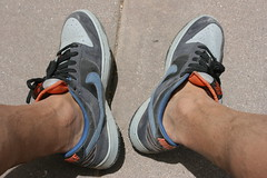 IMG_9828 (sockless_ca) Tags: nike sweaty barefoot smelly sb stinky nosocks sockless insoles footbeds withoutsocks