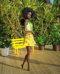 Nadja (Deejay Bafaroy) Tags: park summer plants green yellow bench toys outdoors colorful doll sommer pflanzen barbie bank sunny clothes gelb colourful grn sonnig fr mattel bunt nadja draussen illusionist kleider integrity the rhymes fashionroyalty