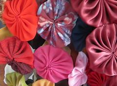Fuxicos elegantes (saudades1000) Tags: cores artesanato cloth cor artisan colorido fuxicos