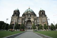 Berlin (ErnestLCH) Tags: travel berlin canon germany full frame 5d ff 1635