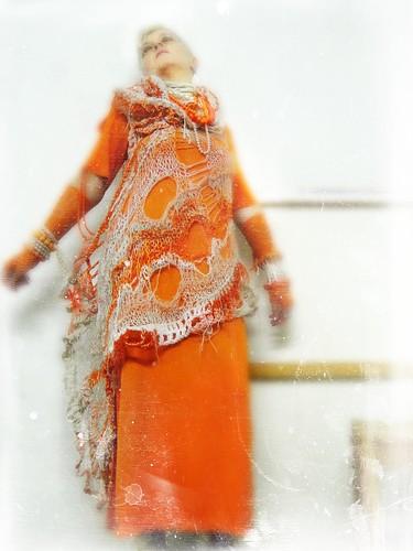The fab 4 - Polaroids of a princess slicing oranges - director´s cut
