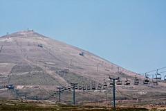 Ski Piste  - Cerro Colorado (Ignacio Blanco) Tags: summer ski mountains sol skiresort cerro verano andes desierto barren altura esqui farellones cerrocolorado laparka