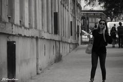 Parisian girl (JIDaye) Tags: paris montmartre femme woman parisienne parisiangirl noiretblanc blackandwhite streetphotographer streetphoto streetphotography