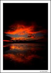 Dernires Lueurs... (crozgat29) Tags: sunset sea sky mer seascape france nature canon sigma ciel nuages paysage plage canonfrance jmfaure crozgat29