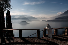 Il fantasma del Castello di Vezio (G.hostbuster (Gigi)) Tags: nebbia fantasma lagodicomo ghostbuster vezio
