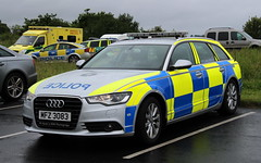 Police Service Northern Ireland / MFZ 3083 / Audi A6 Estate / Roads Policing Unit (Nick 999) Tags: blue ireland lights estate police led vehicle leds service roads emergency northern audi a6 unit sirens rpu policing psni 3083 mfz policeservicenorthernireland roadspolicingunit audia6estate mfz3083