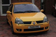 LY 182 27-06-16 002 (AcidicDavey) Tags: yellow clio renault liquid 182 renaultsport