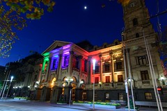Melbourne Town Hall - in support of #loveislove (wolfcat_aus) Tags: light lights rainbow melbourne townhall melbournetownhall tokina1116mm tokinaaf1116mmf28 tokinaatxprodx nikond7100