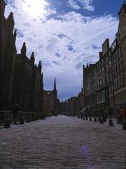 Royal Mile (dougfot) Tags: street people mamiya film architecture scotland 645 edinburgh kodak tourist royalmile mf 100 cobbles f8 castlehill 100asa cpl lawnmarket 1125 ektar polariser m645 douggoldsmith 22052016