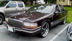 1993 Buick Roadmaster (splattergraphics) Tags: buick 1993 roadmaster