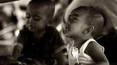 @ Gili Air (visionhunter) Tags: portrait bw bali beautiful face canon indonesia eos essen asia gesicht southeastasia child faces menschen kind eat sw monochrom indonesien balinese tamron70300 gesichter schwarzweis 40d visionhunter