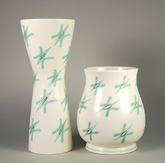 Poole Pottery 'Freeform' Vases 'Green Stars' (FST) Pattern 1950s 12.5'' (Psychoceramicus) Tags: uk art modern century studio stars book ceramics pattern fifties hand books bowl retro pots glaze cast 1950s dorset 1958 vase pottery slip 50s collectables bowls mid poole collectibles vases ravioli decorated thrown mcm freeform jardiniere glazes poolepottery ruthpavely guysydenham alfredread annread
