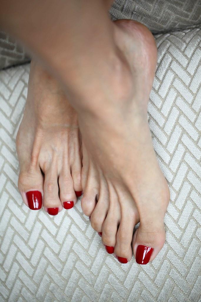 Sorry, Gorgeous feet fetish that
