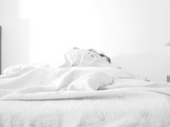 (federicasci) Tags: camera sleeping white love casa blackwhite bedroom bad amore dormire letto dorme fidanzato