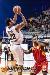 Damian Hollis (BasketInside.com) Tags: italy biella bi 2014 2013 angelicobiella lauretanaforum legaduegold verolibasket