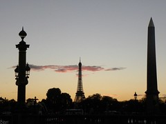 143/365 (Blaan) Tags: bridge paris clouds landscape ciel concorde placedelaconcorde effeiltower 365project nikoncoolpixp90