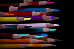 Crayons de couleurs - 1 (Spock2029) Tags: color colour macro pencil canon colored crayon couleur tabletop 60d