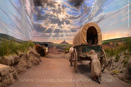 Pushing a Wagon, Great Platte River Road Archway Monument (DTA_4650)