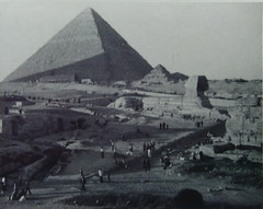 Abu-Al-Howl (Sphynx) in foreground, Great Pyramid in Background (aymanfadel) Tags: tourism pyramid egypt sphynx giza مصر الأهرامات الجيزة أبوالهول السياحة