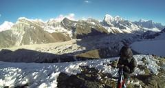 Gokyo Ri, Nepal. (jeckafou) Tags: ri nepal trekking landscape view go wide panoramic flags panoramica summit vista pro everest lhotse makalu gokyo lobuche